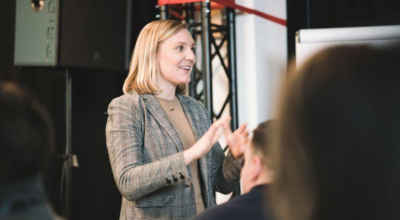 """""""Director of Online Engagement"""" im Weiflen Haus war Laura Miller Obama Trump Präsidentschaft"""